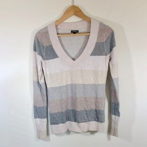 🆕 Express Pale Pink Striped V-neck Sweater Sz M